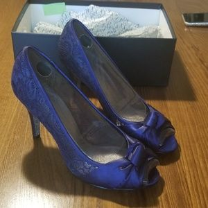 Adrianna Papell Heels Size 9M